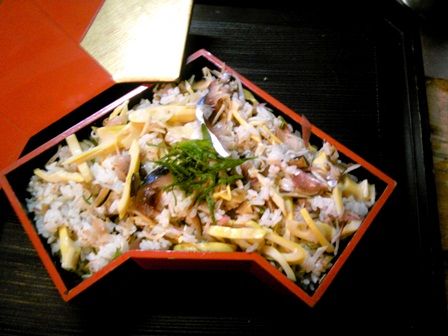 しめ鯖と淡竹寿司.jpg